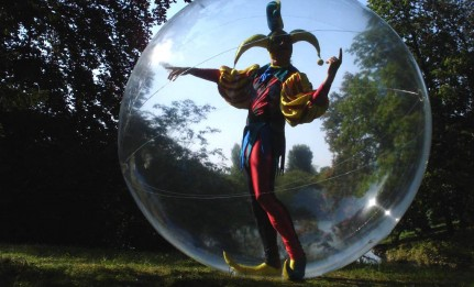 Mime et sa bulle géante